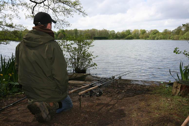 Рыбалка на маленьком пруду
