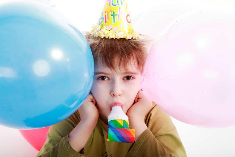 Как отмечают день рождения в школе
