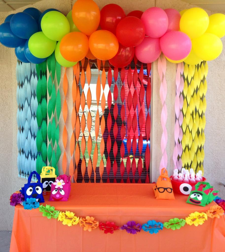 Цветные шарики как радуга