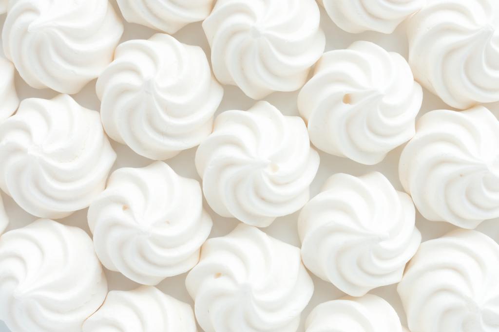 Белый зефир