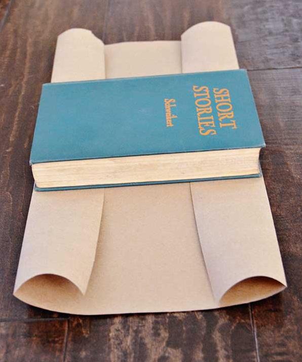 Оборачивание книги бумагой