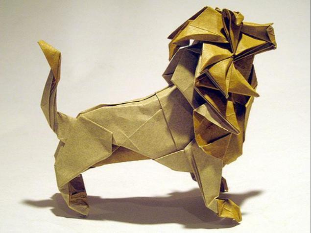 мокрое оригами льва