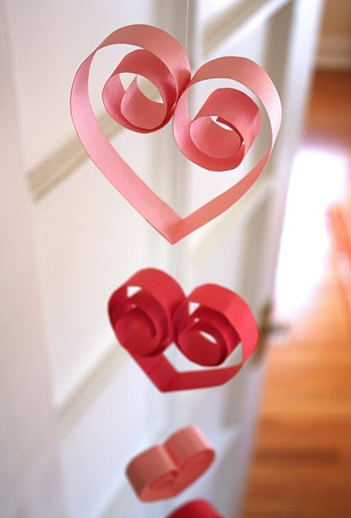 красивая подвеска из сердечек