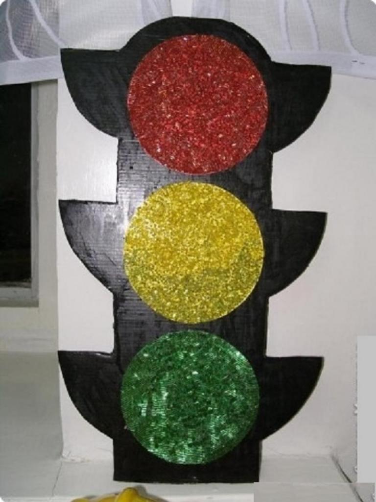 комплектация оснащается поделка светофор своими руками фото важным пополнением