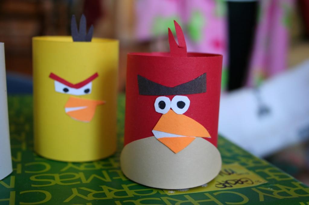 Птички из втулки для туалетной бумаги