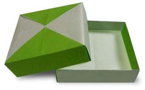 Плоская коробочка